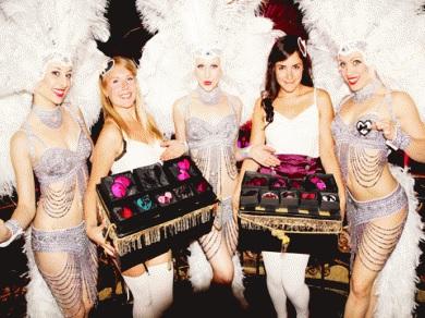 Modern Burlesque Dancers