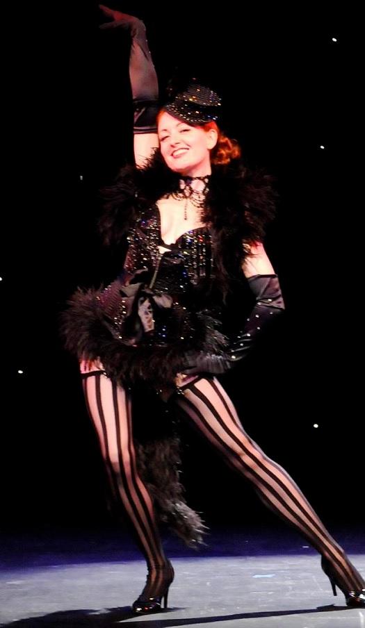 Amber Topaz Burlesque