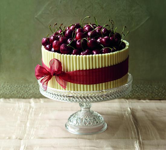Cherry Shakewell Cake