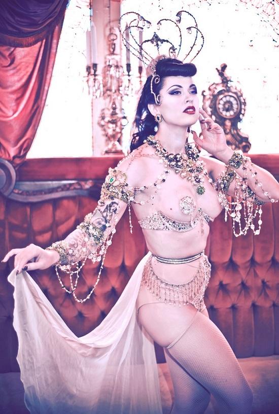 Kaylin Idora